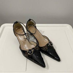 Vintage Black Pointed Toe Kitten Heels
